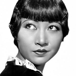 Black and whilte headshot of Anna May Wong from 1935