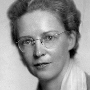 Black and white studio photo of Elside MacGill