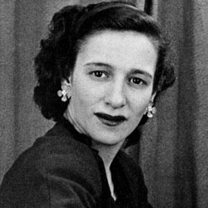 Black and white studio photo of Maddelena Carasuolo circa 1950